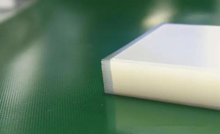 OCA光学胶溢胶气泡是什么原因?